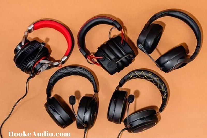 _Choosing A Type Of Headphone Or Headset To Use Is Based On Your Unique Needs