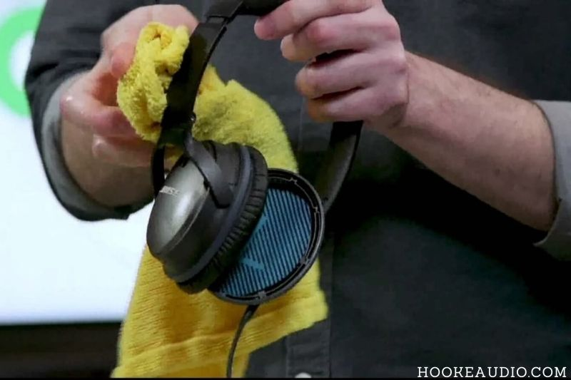 Cleaning Headphones Frequency