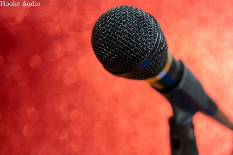 Features of the Dynamic Microphone