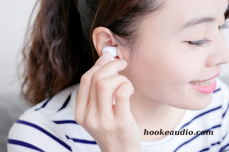 How To Make Earbuds Stay In Your Ear