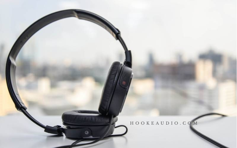Things Consider When Purchasing Over-ear Headphones.